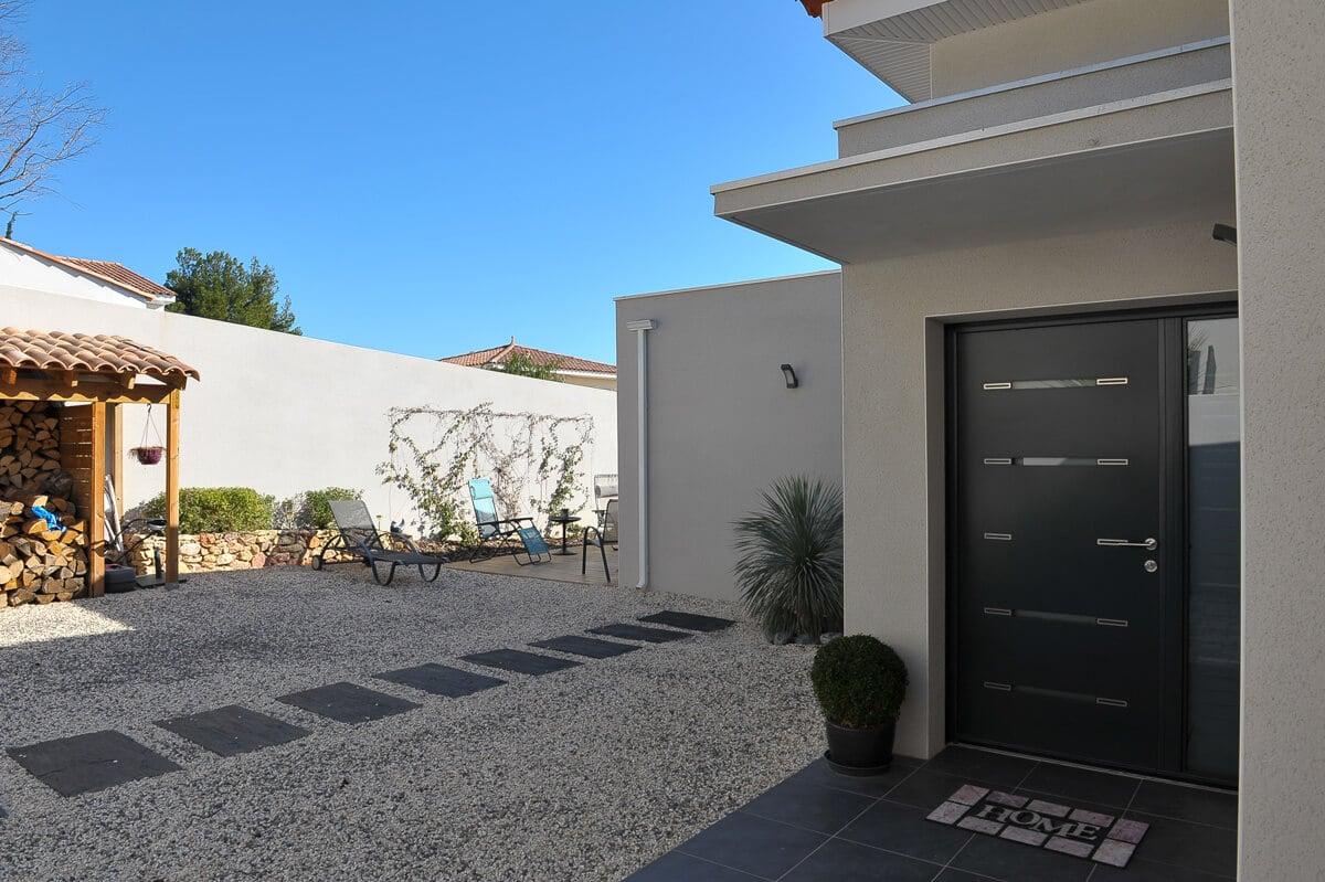construction de maison contemporaine h rault mas occitan. Black Bedroom Furniture Sets. Home Design Ideas